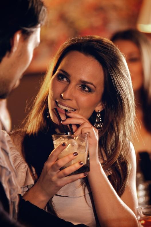 Bar flirt 2
