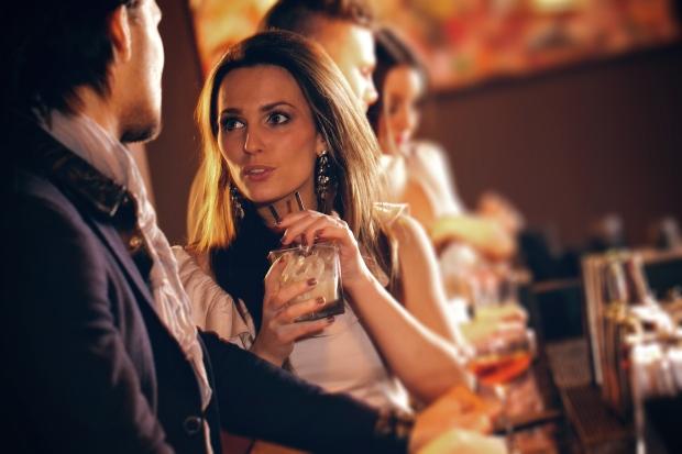 Bar Flirt 4